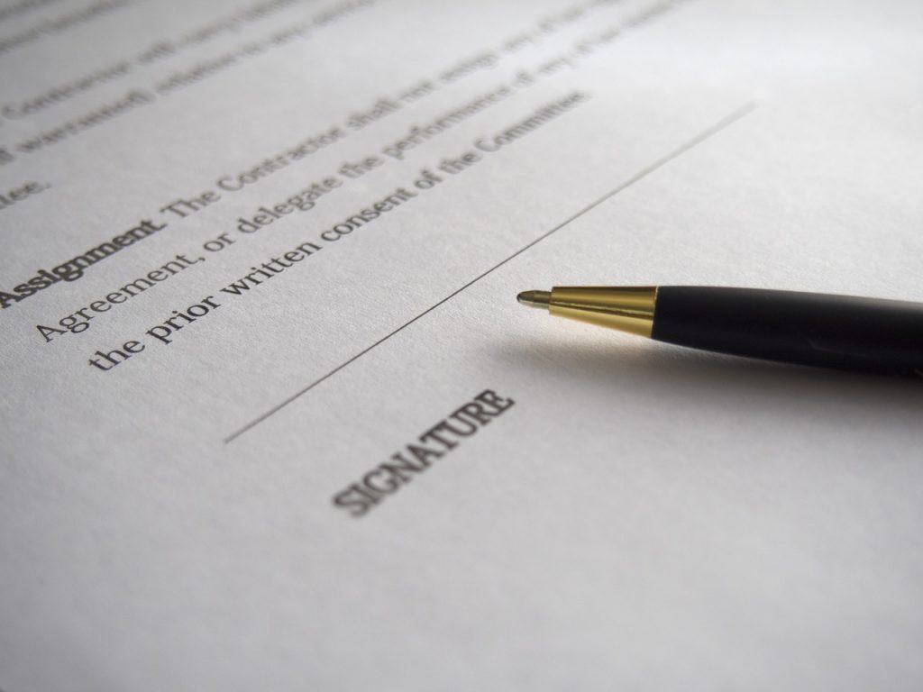 Advokati za ugovore i ugovorno pravo