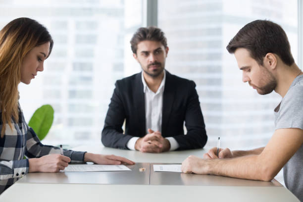 Potpisivanje sporazuma o razvodu braka