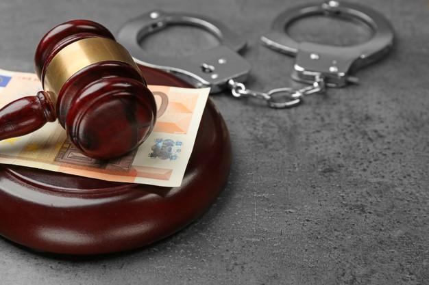 Advokat za prekršaje